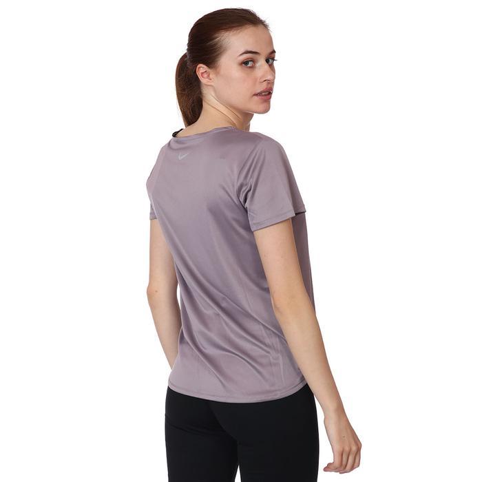 W Nk Swoosh Run Top Ss Kadın Mor Koşu Tişört CZ9278-531 1273672
