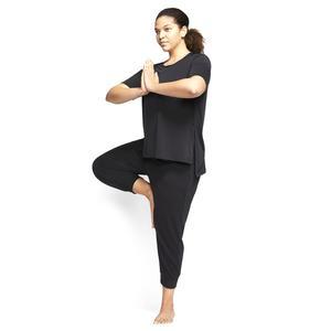 W Nk Yoga Layer Ss Top Plus Kadın Siyah Antrenman Tişört CT0538-010