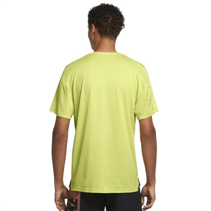M Np Df Hpr Dry Top Ss Erkek Yeşil Günlük Stil Tişört CZ1181-344 1306032